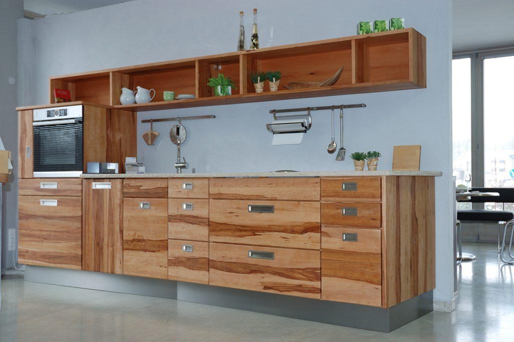 Apfelbaumküche bei Wohnharmonie Brenner